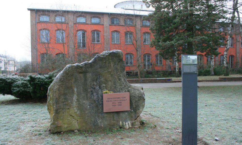 200120_Gedenkstein